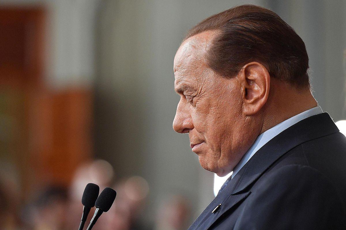 Berlusconi tentato dall'appoggio esterno. In cambio all'Agcom non ci saranno nemici