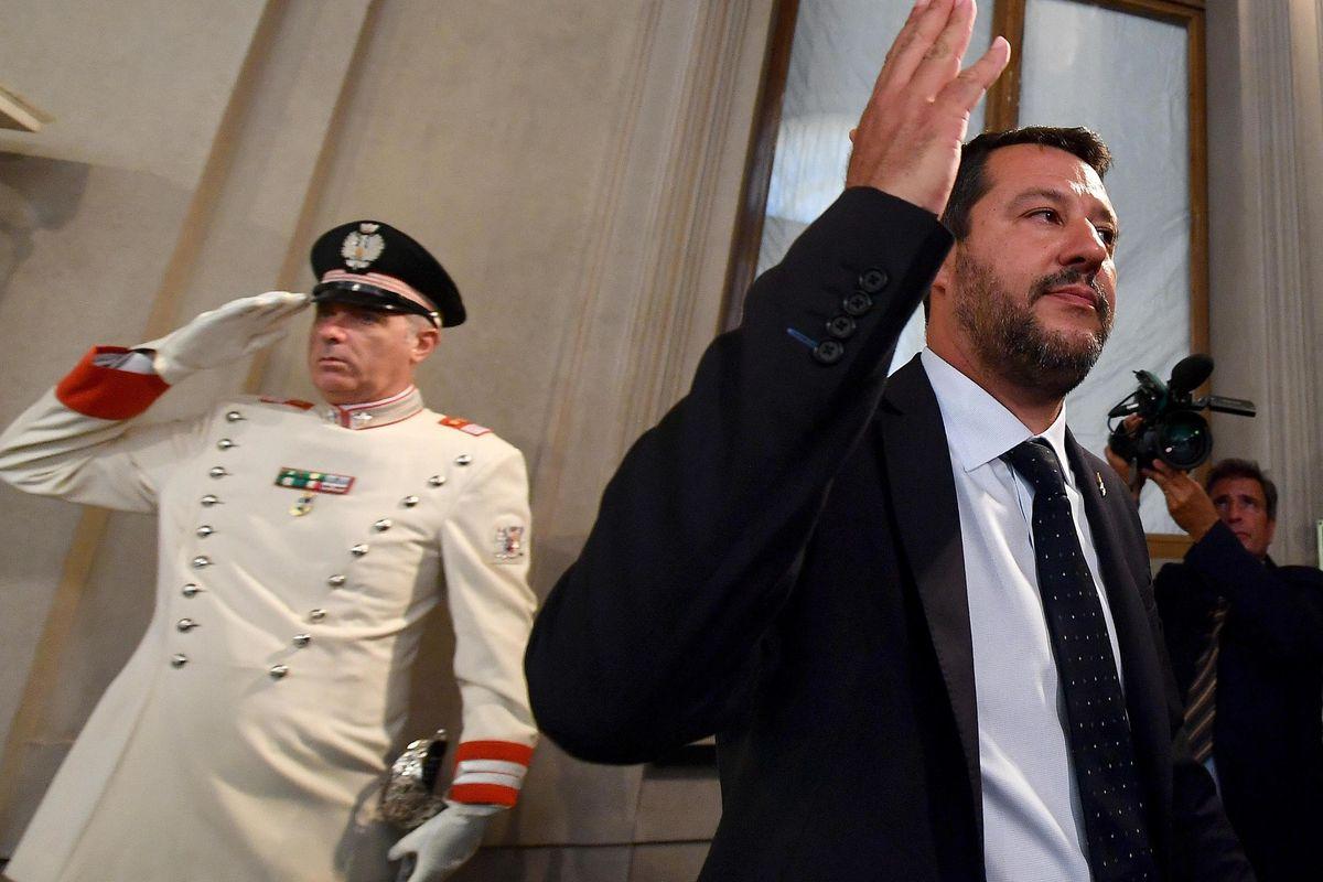 Il governo del «cucù, Salvini non c'è più»