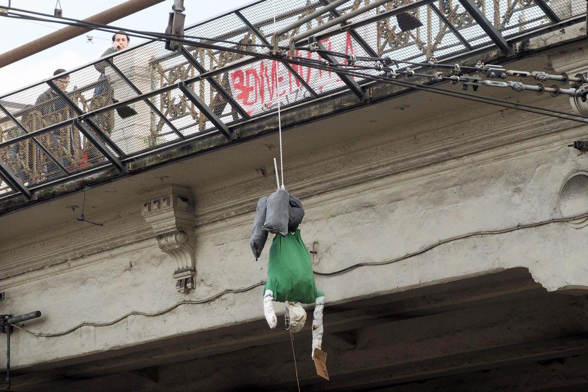 Ecco quelli che non odiano: «Salvini ora suicidati»