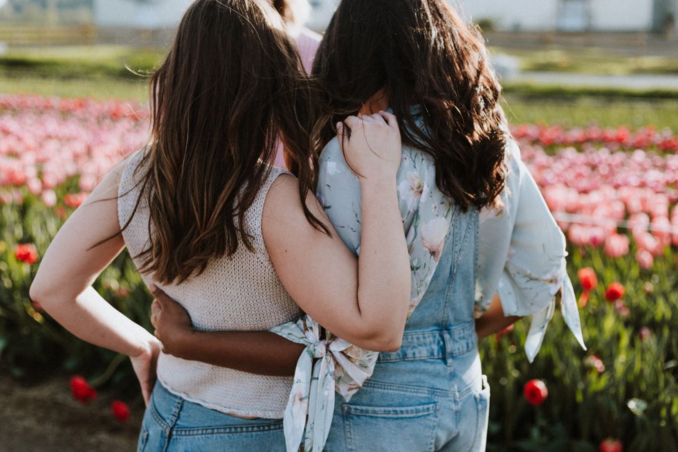 15 Ways To Check In With Your Friends, Without The Dreaded 'How Are You?'