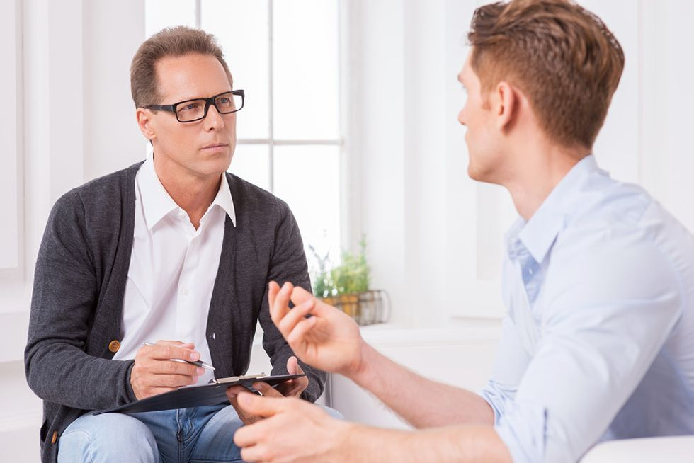 Man gives an example of why the hiring manager should hire him