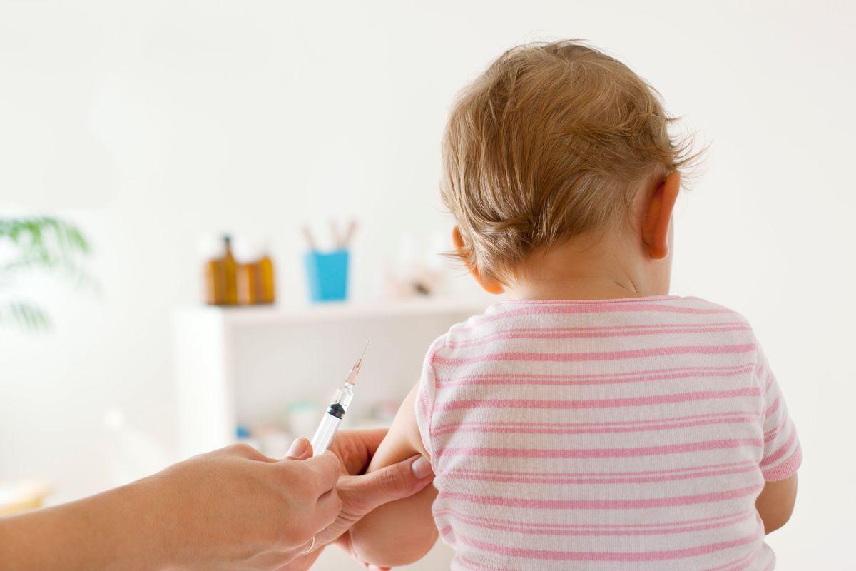 Caos vaccini nelle scuole italiane. Con la crisi resta il decreto Lorenzin