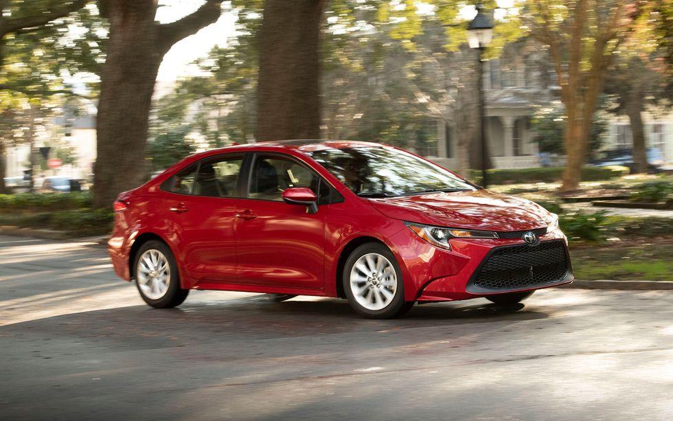 2020 Toyota Corolla LE exterior driving