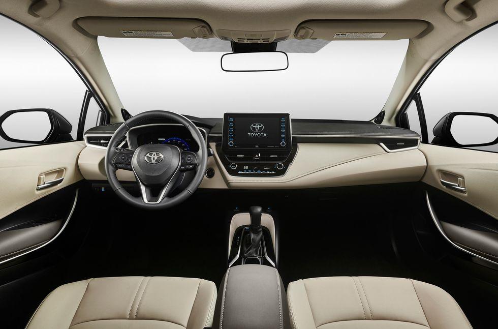 2020 Toyota Corolla XLE interior cabin seat wheel screen