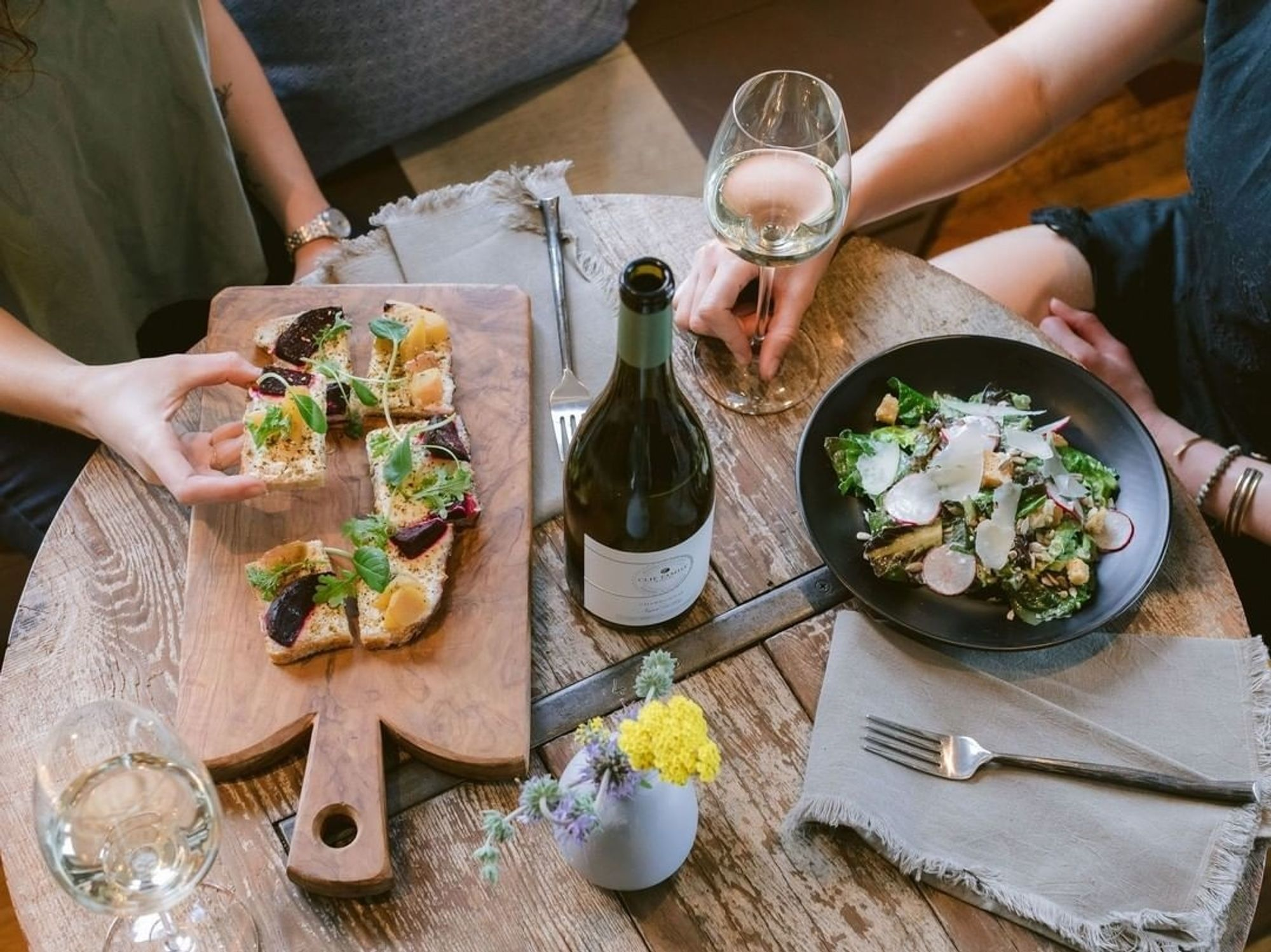 8 Napa Valley Tasting Rooms That Serve a Solid, Delicious Lunch