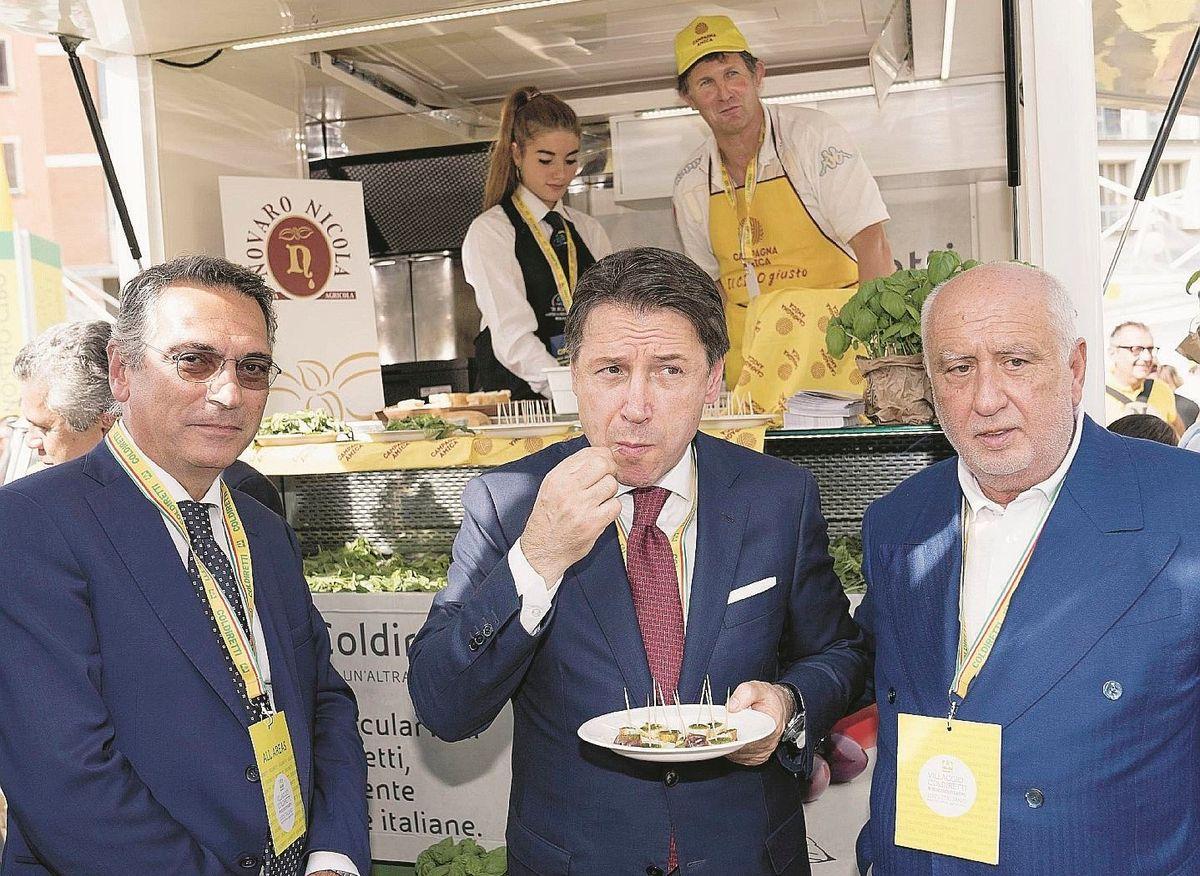 Conte si fa beffe di noi proprio come Renzi