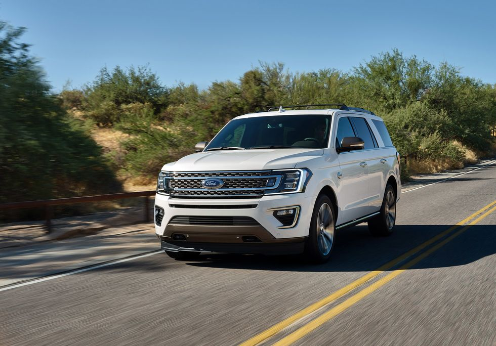 2020 Ford Expedition King Ranch exterior driving new grille