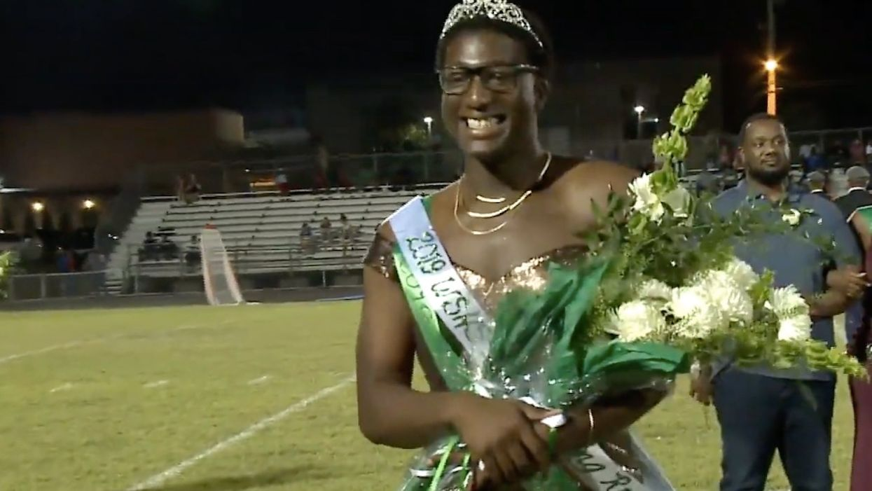 Gay HS student who calls himself 'Queen of Extra' crowned as 'Homecoming Royalty' in gender-neutral ceremony