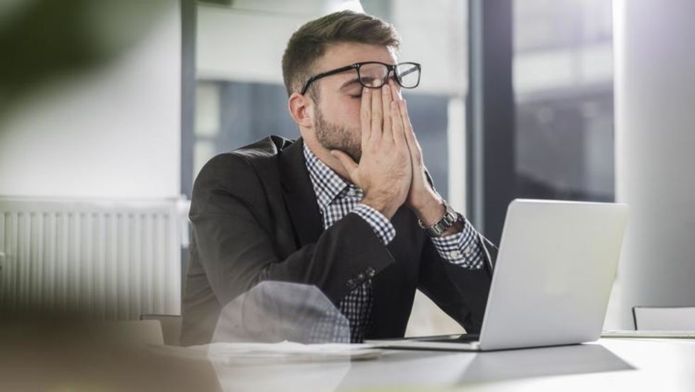 https://www.bizjournals.com/orlando/news/2019/08/23/editors-notebook-breaking-the-work-stress-cycle-is.html