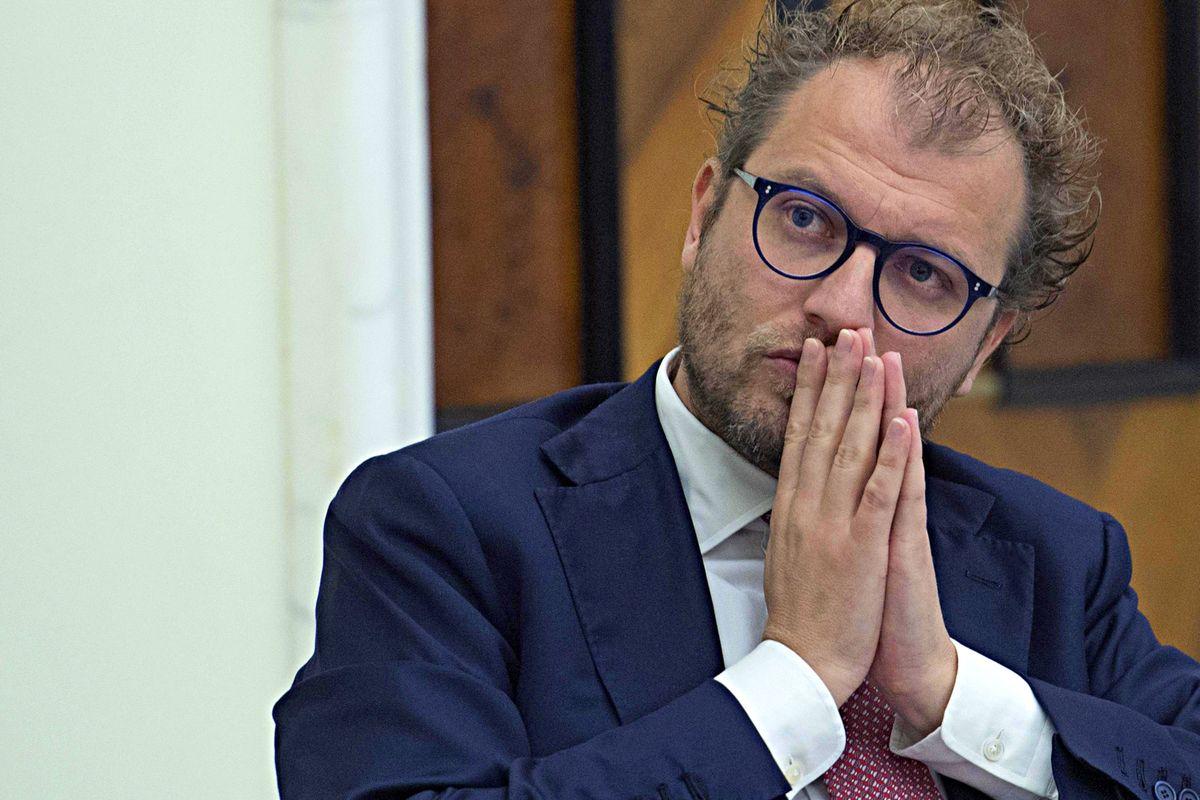 Lotti va a processo, il carabiniere messo alla gogna da Renzi è invece prosciolto dalle accuse