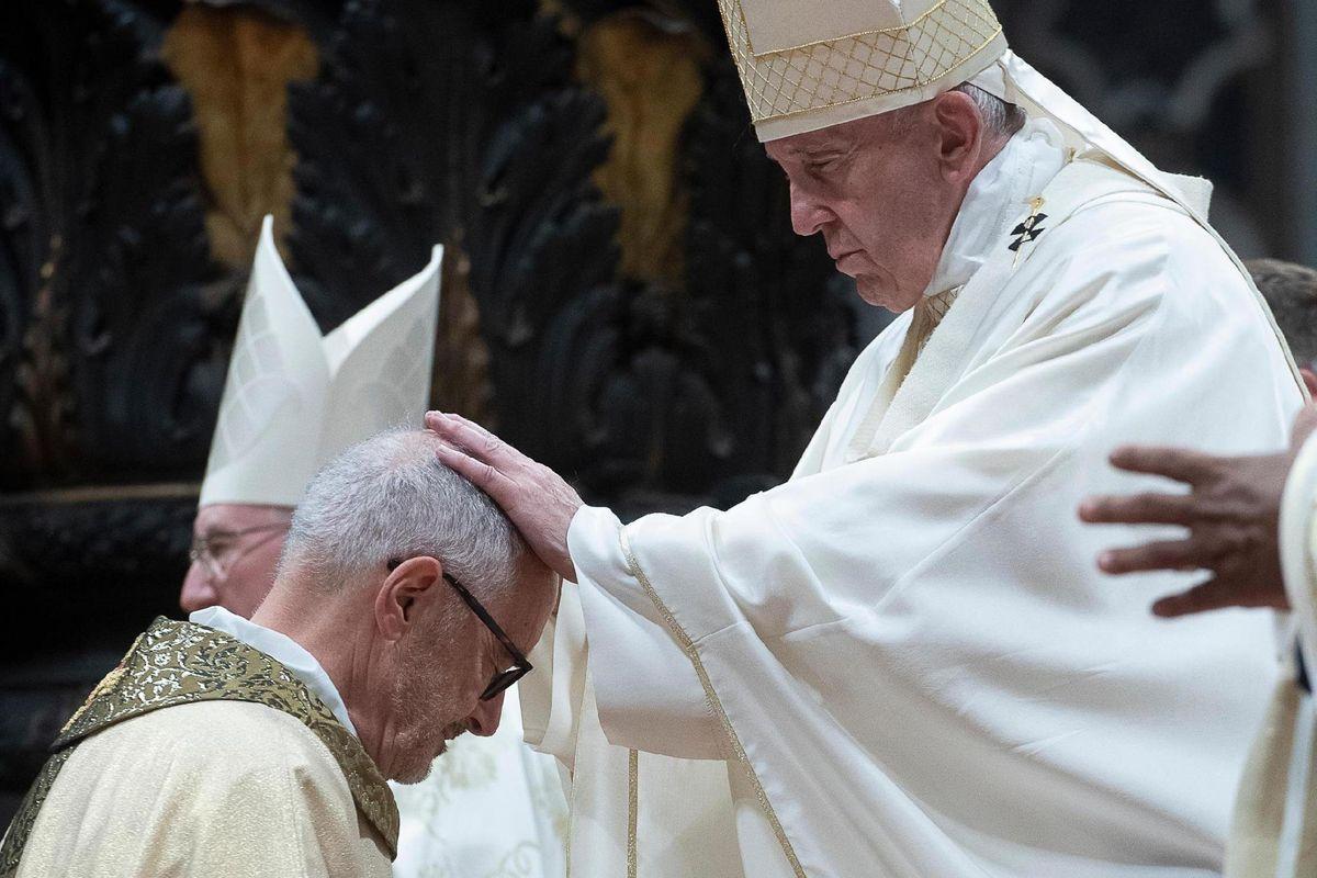 I miti dei nuovi cardinali: barconi e no global