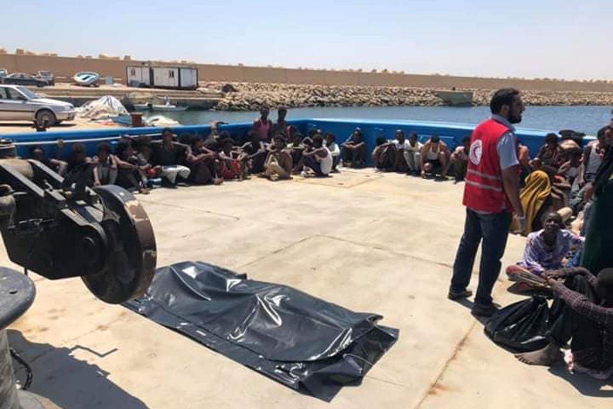 Palazzo Chigi taglia i fondi alla Libia. Salta il cordone contro l'invasione