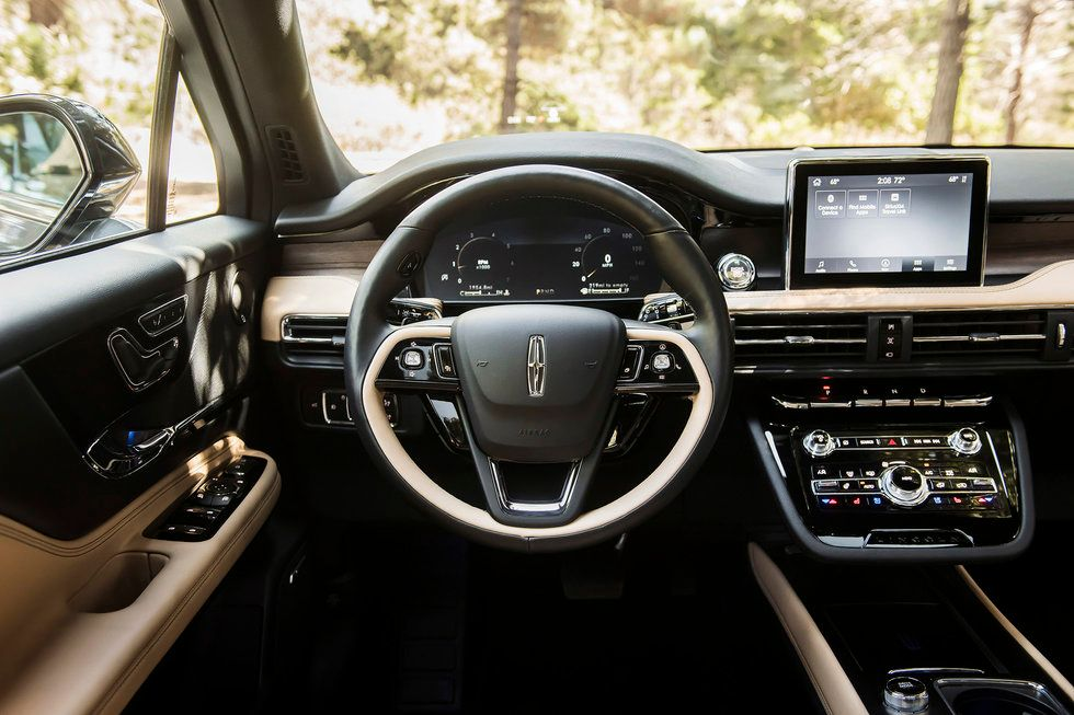 2020 Lincoln Corsair interior wheel infotainment Reserve