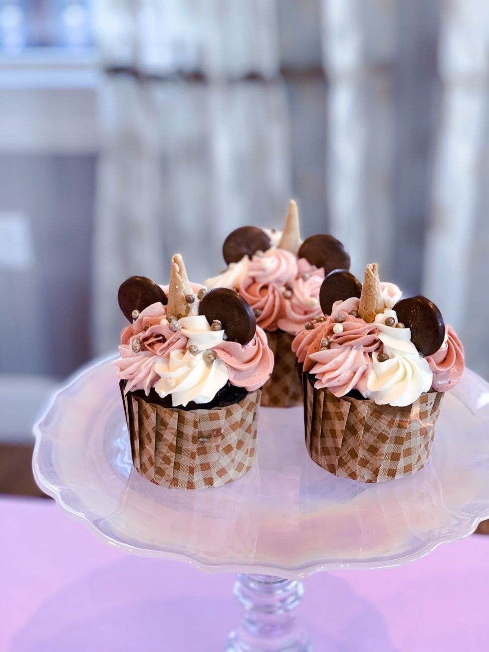 How to Make Disney Cupcakes Like a Pastry Chef - Brit + Co
