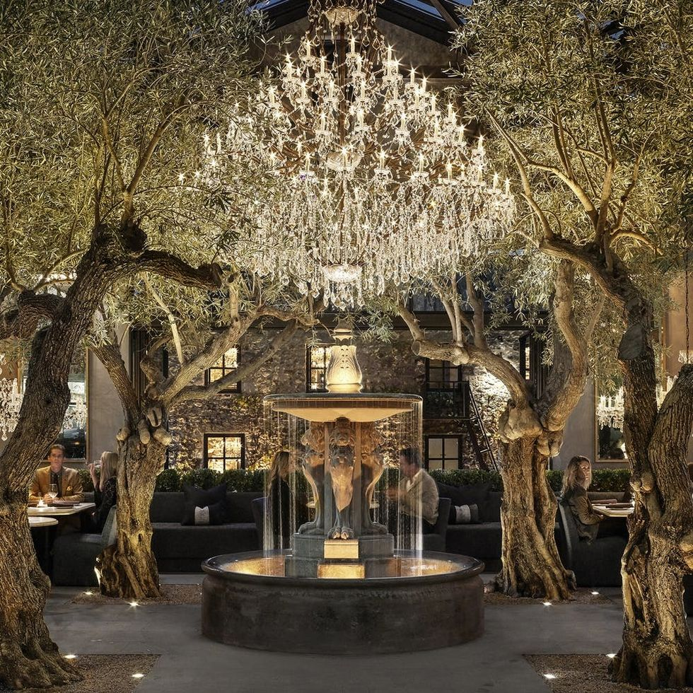 Restoration Hardware Has a Restaurant and It's Dining Room #Goals