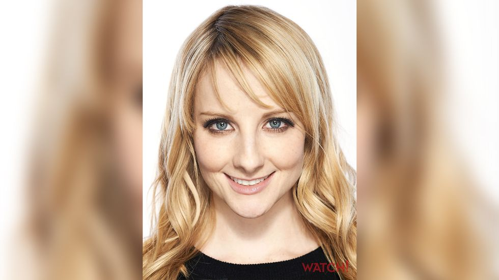 Melissa Rauch smiling blue eyes