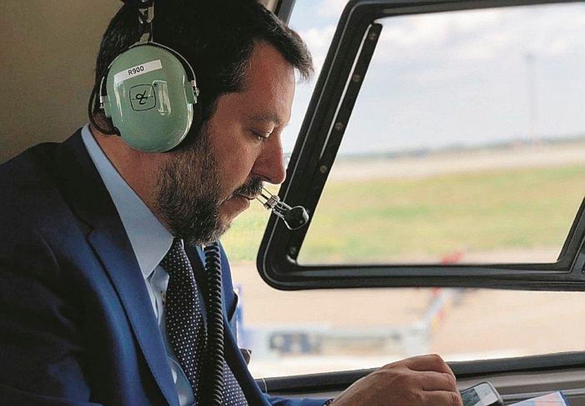 Con i voli di Stato Salvini non scialava. Ma rischia lo stesso un'altra indagine