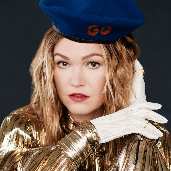 '90s Icon Julia Stiles Returns in 'Hustlers'