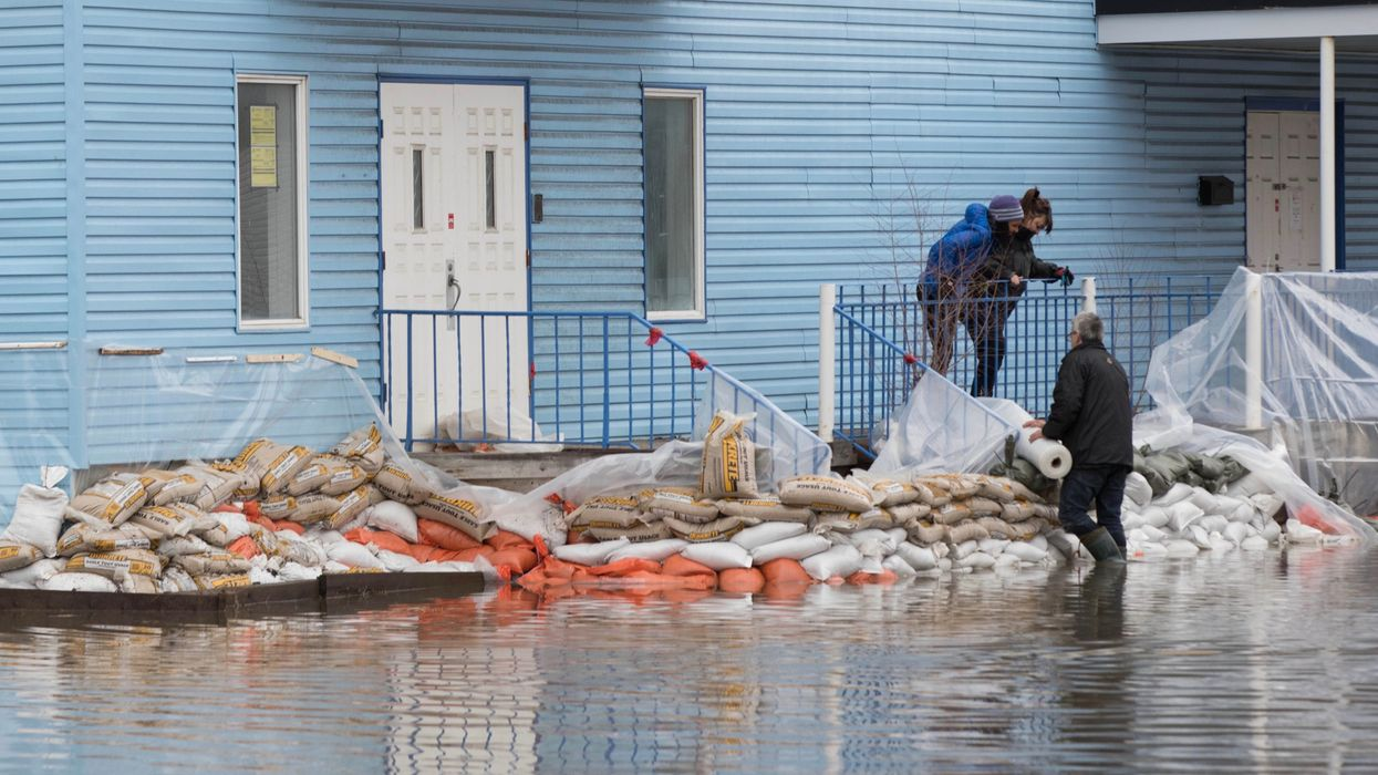 Canada Tells Flood Victims It's Time to Move