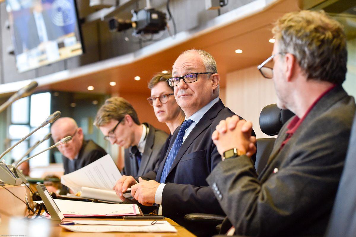 Gualtieri tax: noi paghiamo, l'Europa incassa