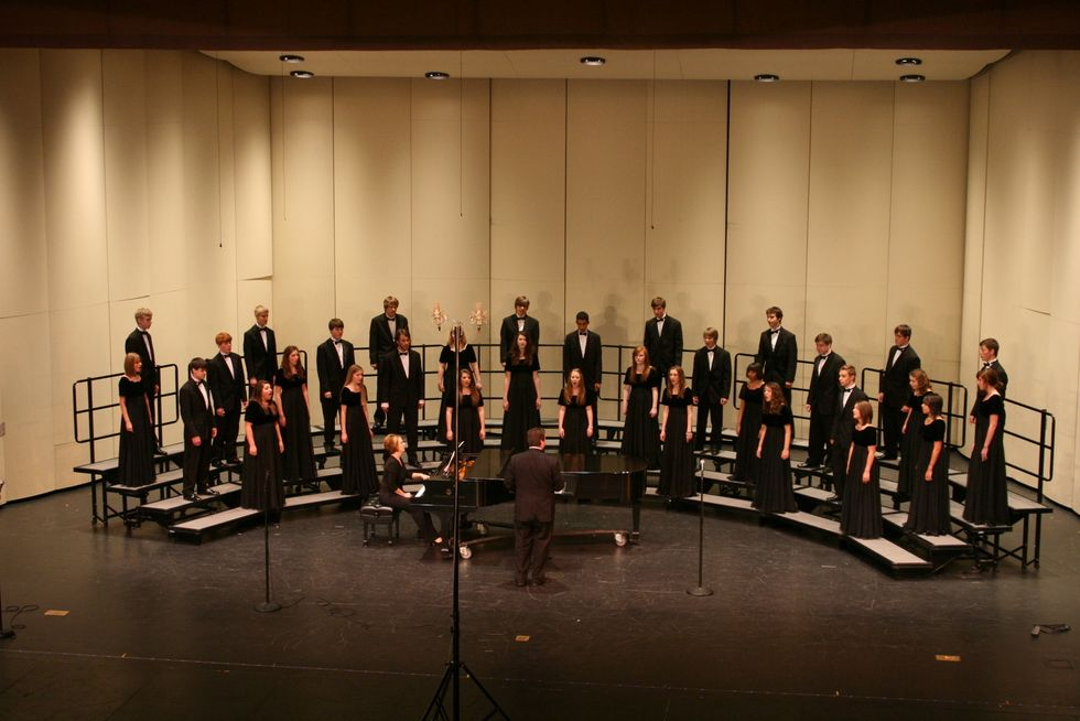 10 Feels of a Former Choir Kid