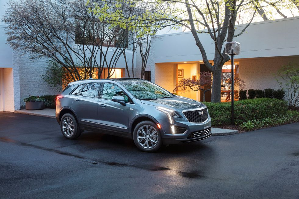 2020 Cadillac XT5 Sport front grille lights wheels
