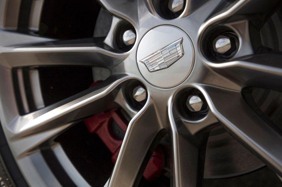 2020 Cadillac CT4 Sport wheel brake caliper