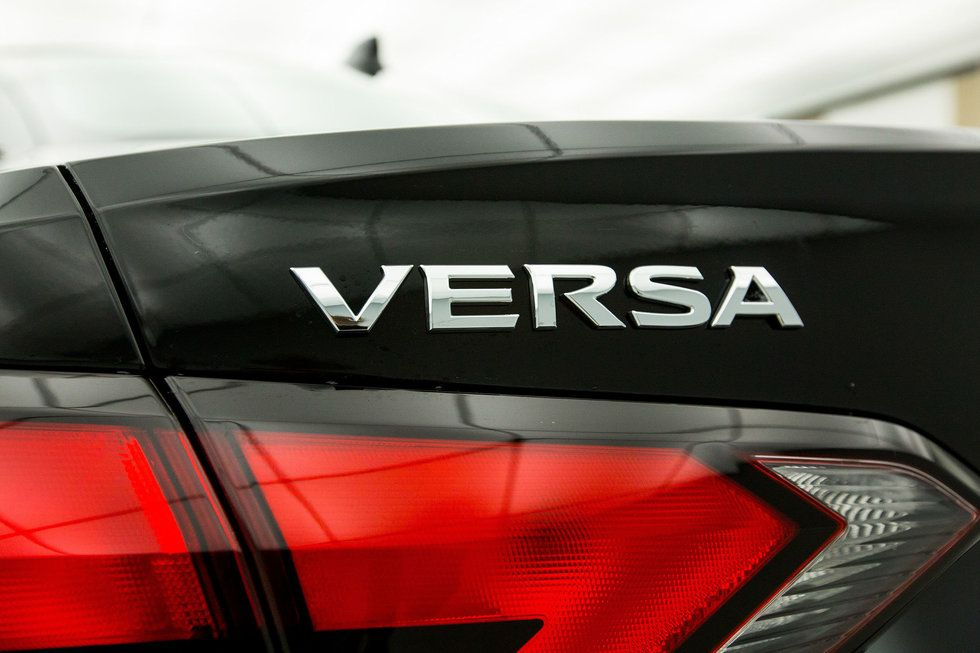 2020 Nissan Versa SV badging