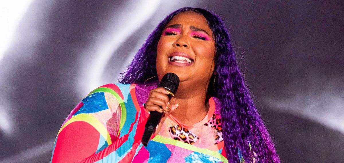 Lizzo Has Purple Hair Now, And It Looks Incredible