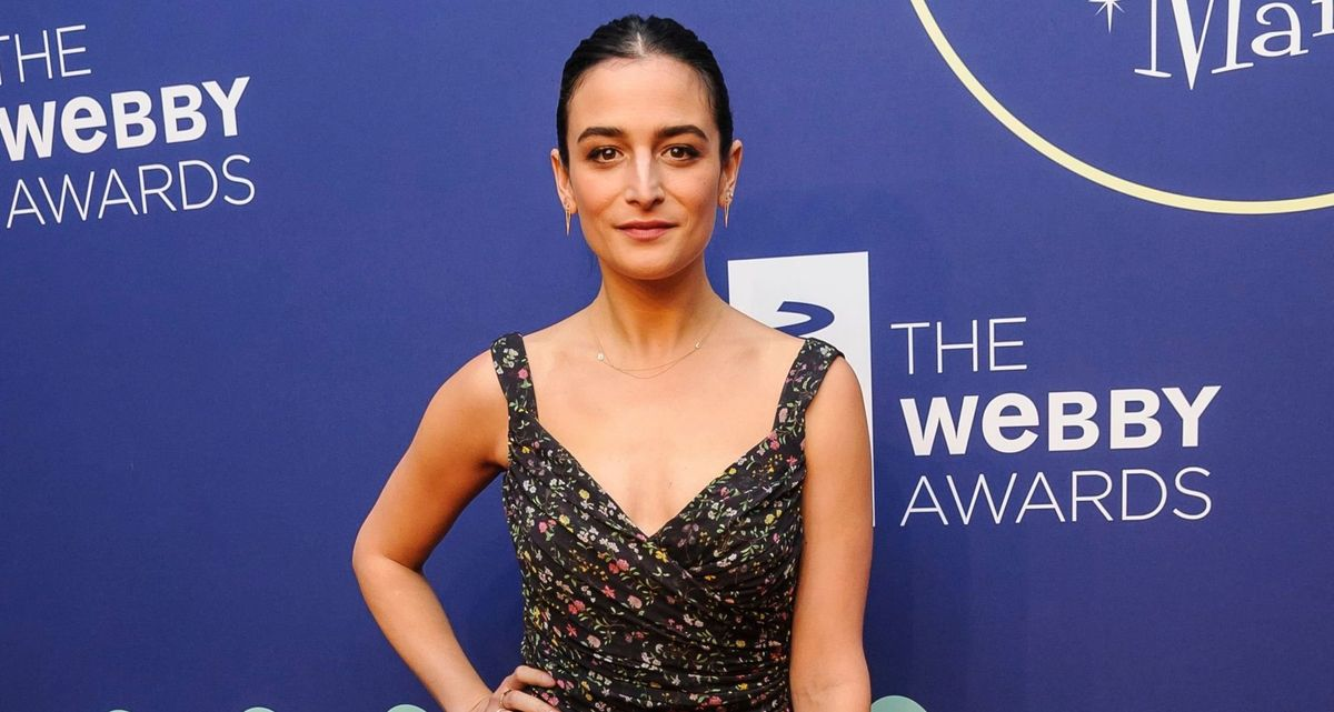 Jenny Slate Is Bringing Her First Comedy Special To Netflix