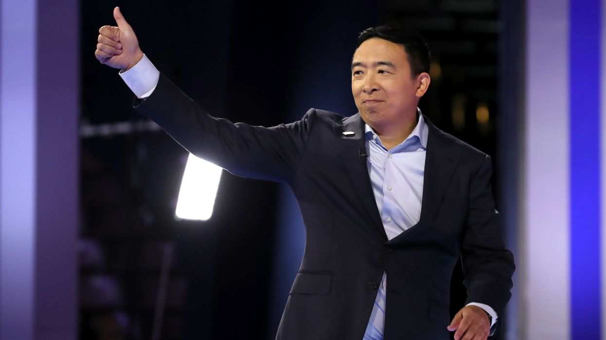 Nearly half a million people who donated to Andrew Yang's campaign to be entered into drawing to win $120,000