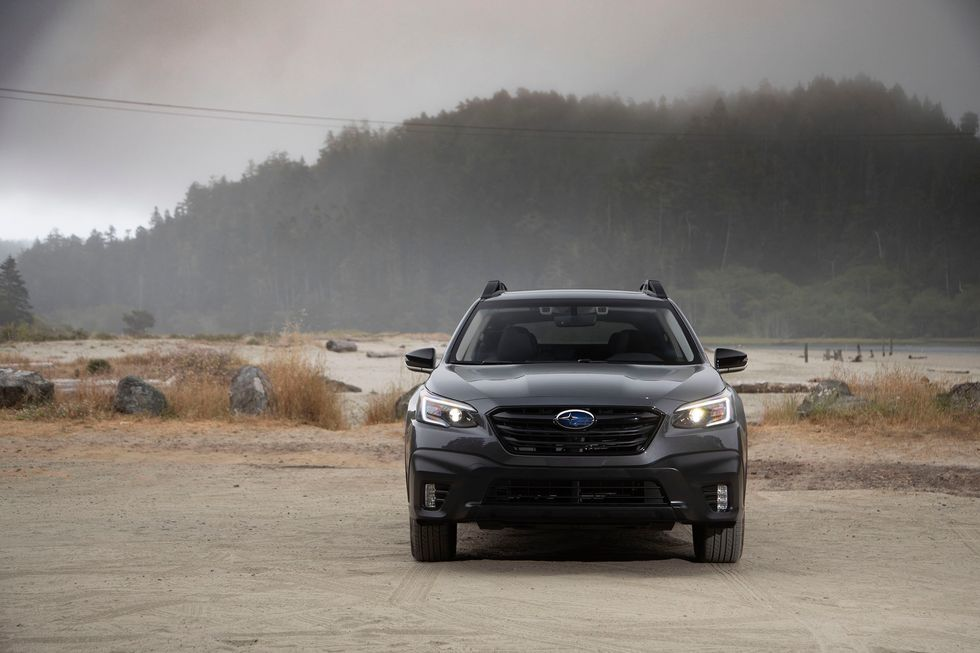 2020 Subaru Outback Onyx Edition front grille headlights headlamps LED