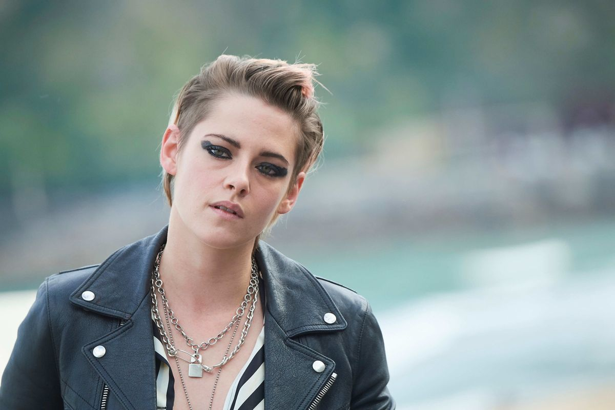I Give Kristen Stewart Permission To Break My Heart In This Outfit