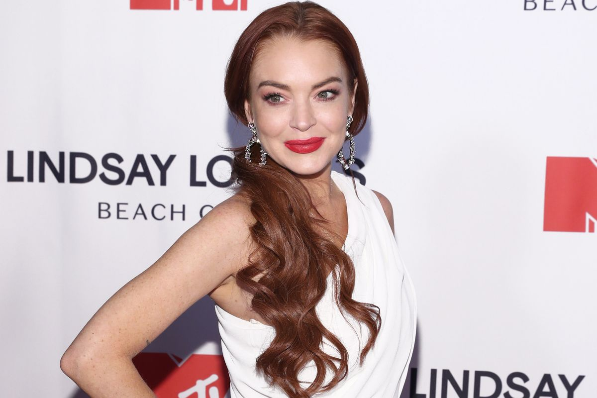 Lindsay Lohan Is Writing a New TV Show, Starring Her Family