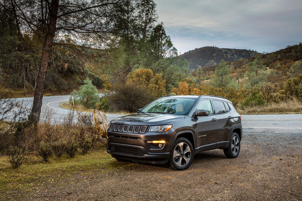 2020 Jeep Compass Latitude Front Grille Headlights