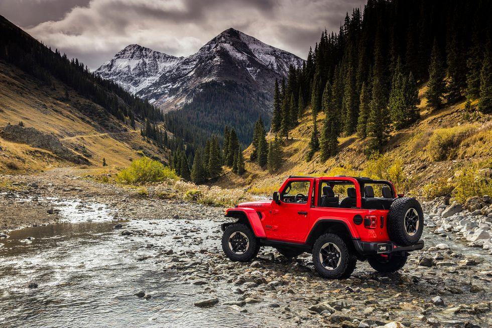 2020 Jeep Wrangler Rubicon exterior red two-door off-roading off road wheels