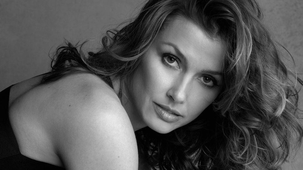 Bridget Moynahan close up