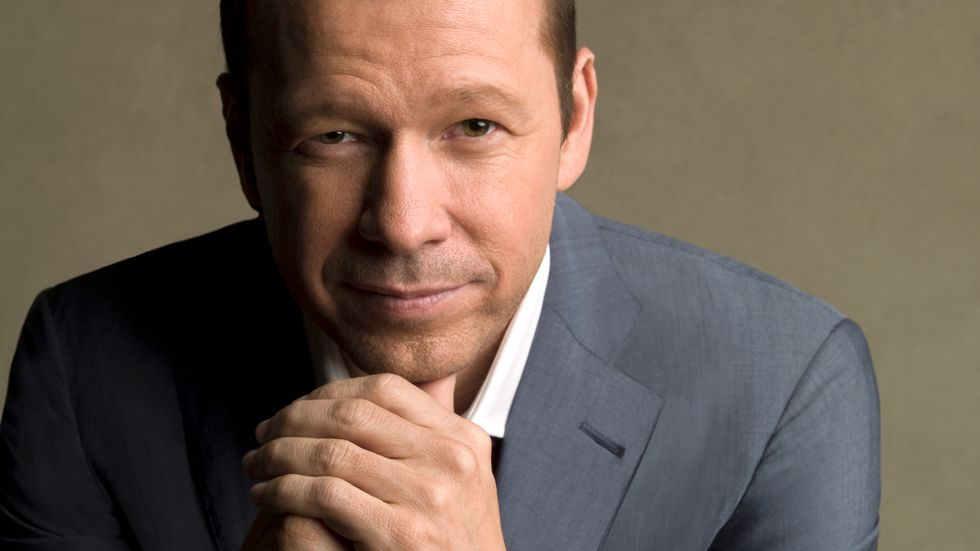 Donnie Wahlberg in grey suit