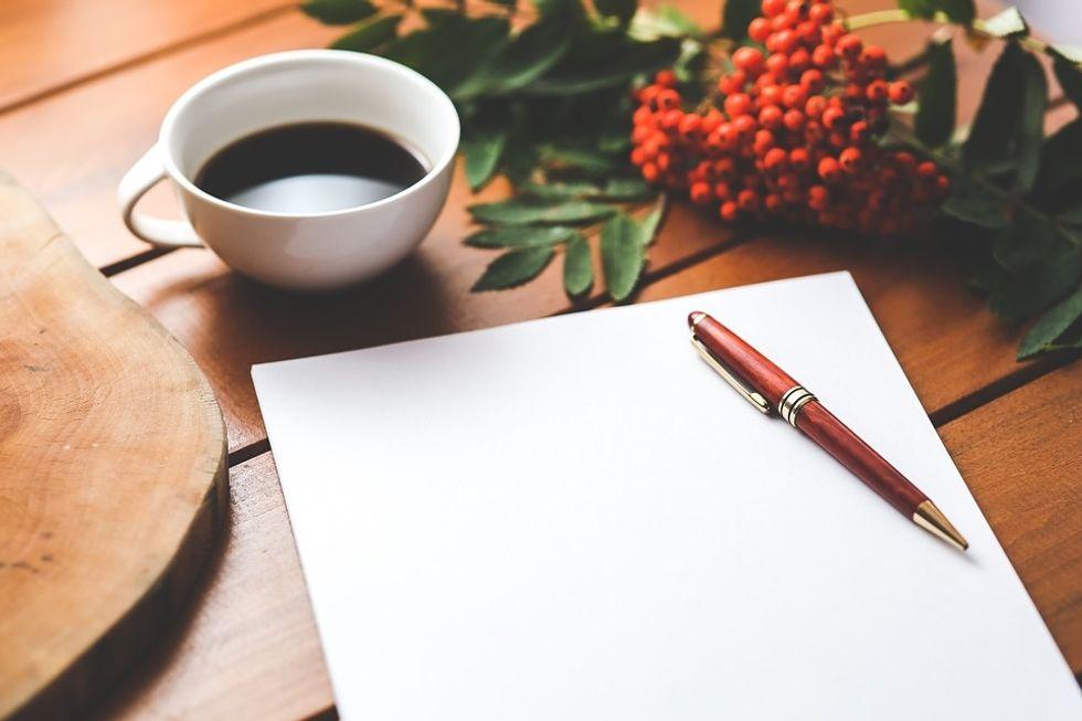 https://www.maxpixel.net/Work-Paper-Coffee-Desk-Wooden-Working-Blank-Pen-792125