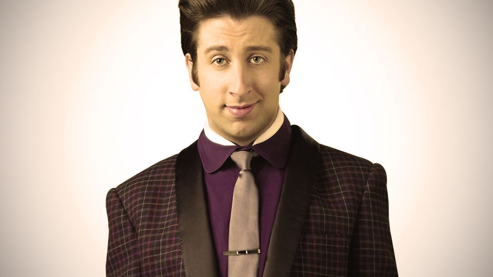 Simon Helberg looking dapper