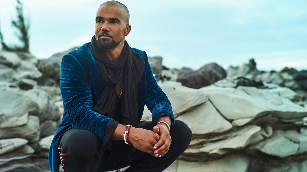 Shemar Moore in blue velvet jacket