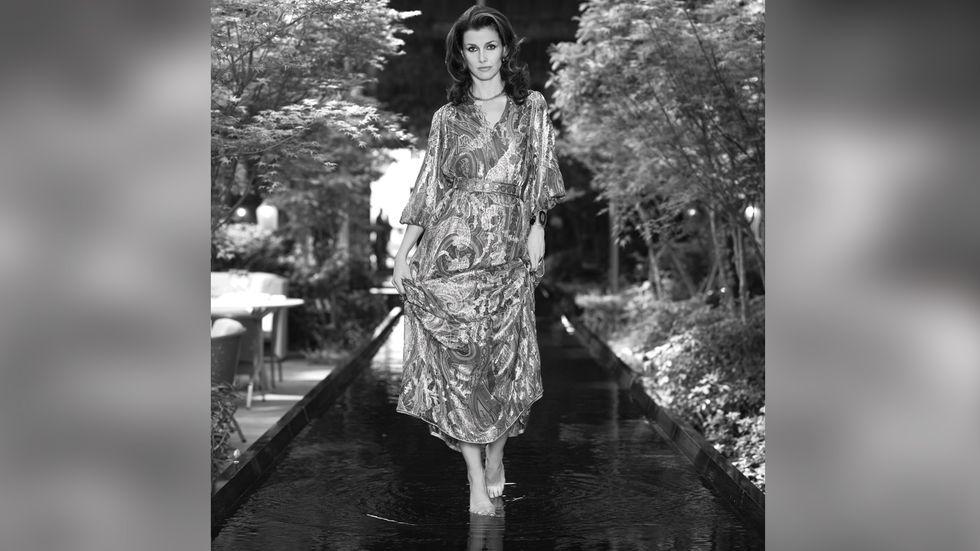 Bridget Moynahan in flowing print dress