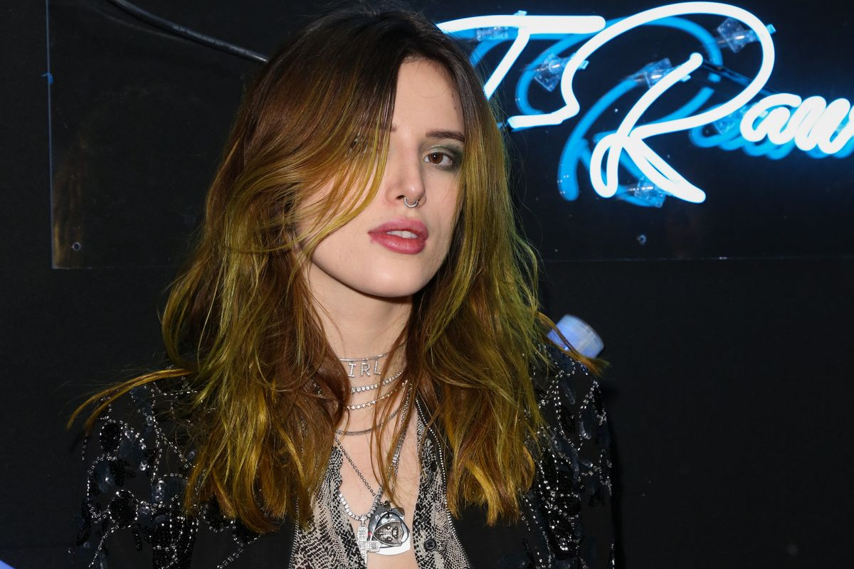 Bella Thorne Has a New Girlfriend
