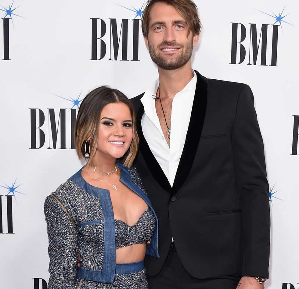 Maren Morris Unconventional Wedding Dress Has The Sweetest Story Behind It Brit Co