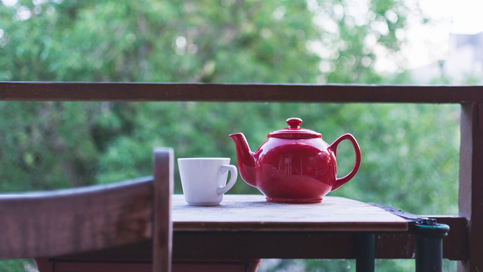 How Much Caffeine Does Tea Have Compared with Coffee?