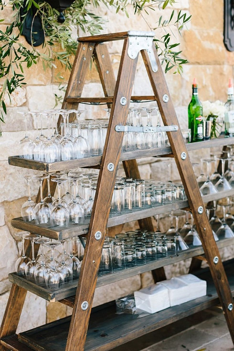 10 Backyard Wedding Decor Ideas For The Most Insta Worthy Nuptials Ever Brit Co