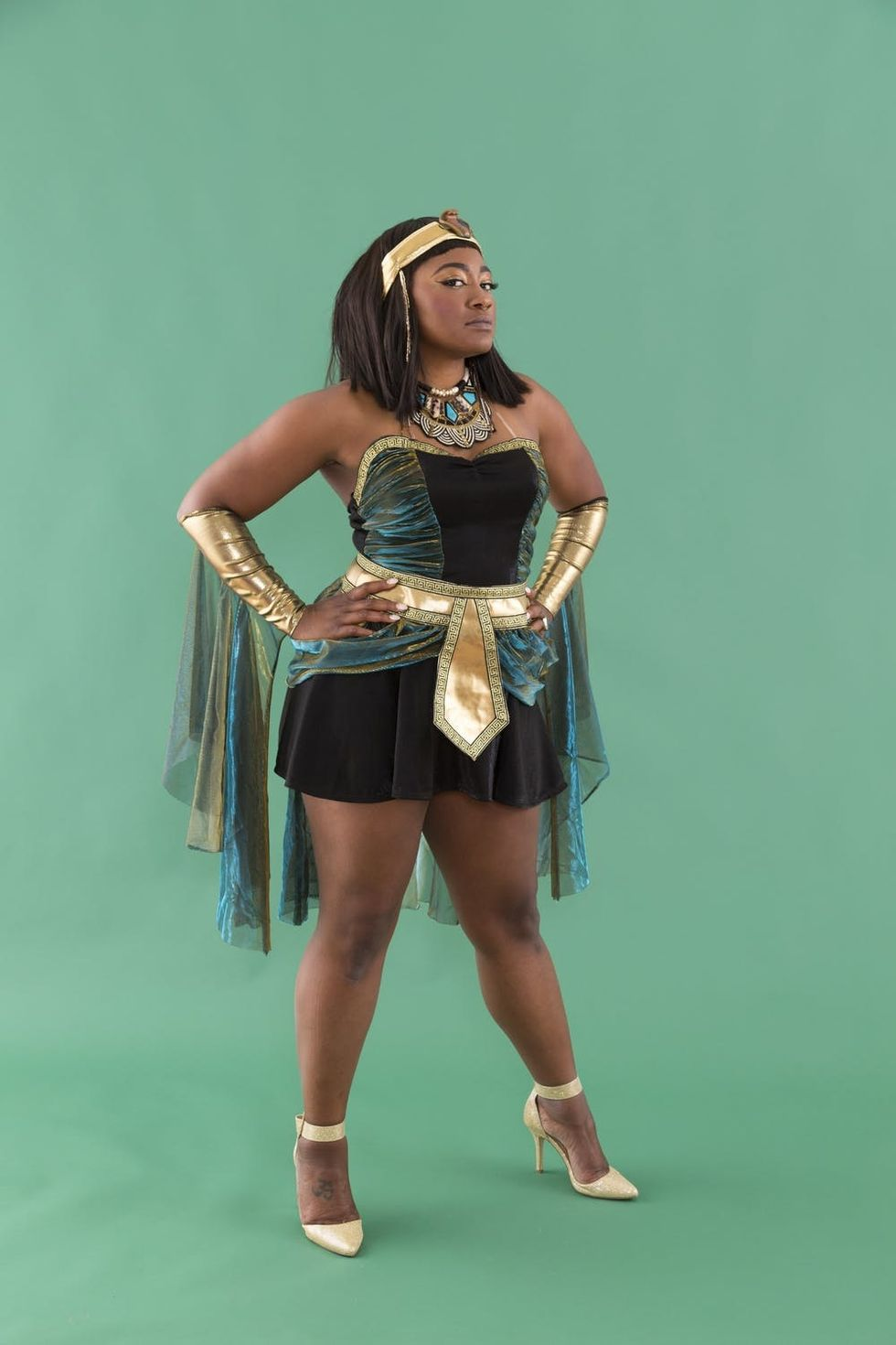 This Cleopatra Halloween Costume Is Easy Enough For Beginners But High On Nile Style Brit Co
