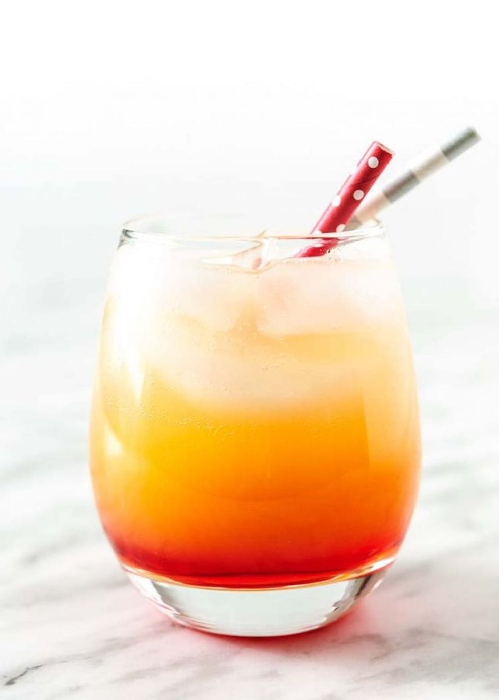 30 Easy Cocktail Recipes To Start The Weekend Off Right