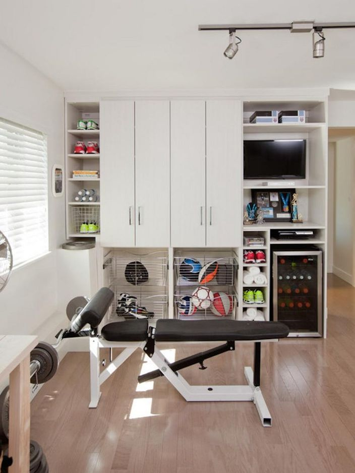 19 Small Space Home Gym Hacks You Need To Keep Those Resolutions Going Brit Co
