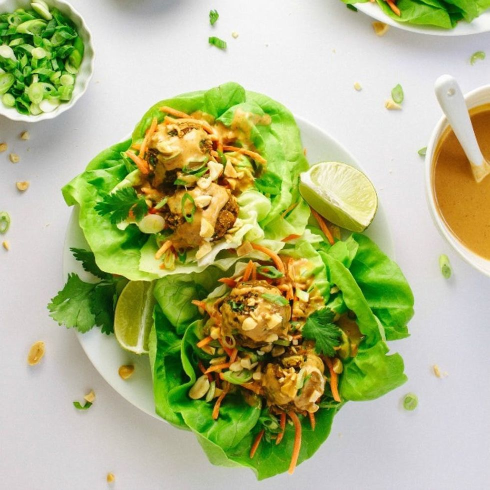 16 Lettuce Wrap Lunches for a Clean Slate in the New Year